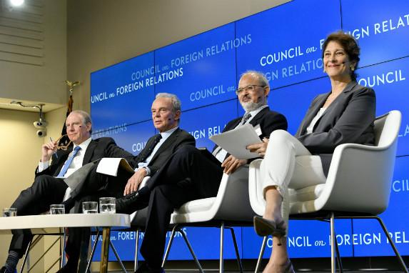 Richard Haass, Ferdinando Nelli Feroci, Sunjoy Joshi, and Mara Liasson launch the Report Card on International Cooperation. (Kaveh Sardari)