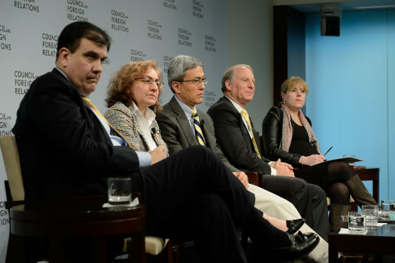 Carlos Ivan Simonsen Leal, Elizabeth Sidiropoulos, Chen Dongxiao, Richard Haass, and Missy Ryan discuss the Council of Councils Report Card. (Kaveh Sardari)